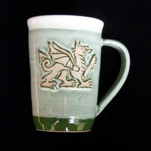 mug-celtic-welshdragon-green